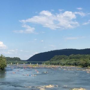 Shenendoah River with tubes and rafts